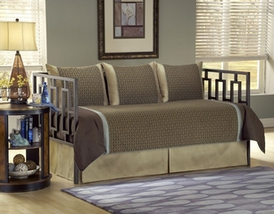 Daybed Size Bedding - 5-Piece Daybed Ensemble in Stockton Pattern - 80JQ400STK