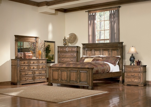 Edgewood Queen Size Bedroom Furniture Set in Warm Brown Oak - Coaster - 201621Q-BSET