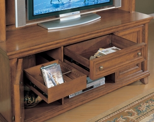 Entertainment Unit in Vintage Oak Finish - Wynwood Furniture - 1544-52