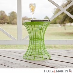 SEI Indoor/Outdoor Round Metal Accent Table, 18.5 Inch - Green