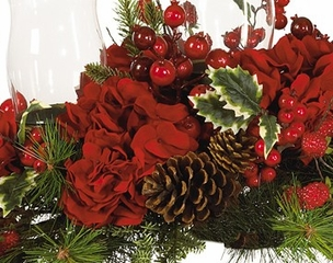 Hydrangea Holiday Candleabrum in Red / Green - Nearly Natural - 4659