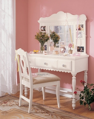 Lea Spring Bedroom Garden Vanity with Upholstered Chair - Lea American Drew - SGVANITY