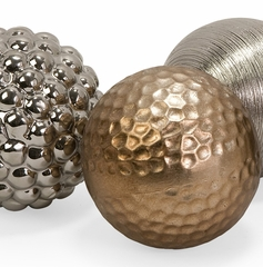 Metallic Finished Orbs (Set of 4) - IMAX - 1589-4