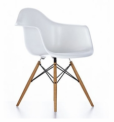 Mid-Century Dining Chair in White - DC-311V-WHT