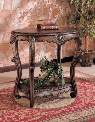 Oval Accent Table in Brown - 700014