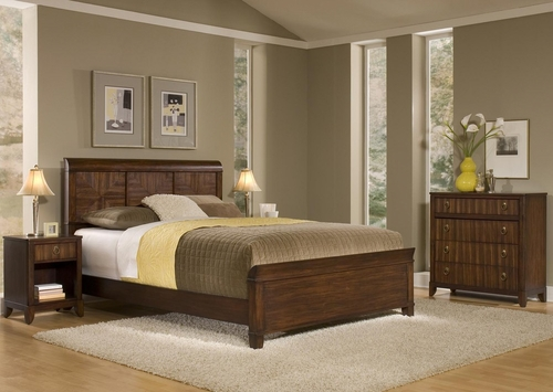 Paris Queen Size Bed, Night Stand, and Four Drawer Chest in Mahogany - Home Styles - 5540-5018