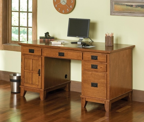 Pedestal Desk in Cottage Oak - Arts and Crafts - 5180-18