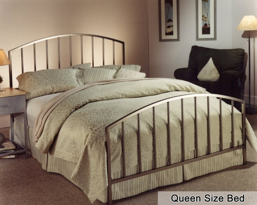 Queen Size Bed - Lincoln Park Metal Bed in Antique Pewter
