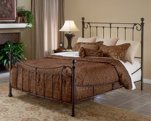 Queen Size Bed - Riverside Queen Size Bed - Hillsdale Furniture