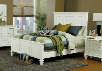 Queen Size Bed - Sandy Beach Queen Size Bed in White - Coaster - 201301Q