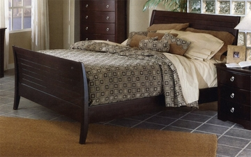 Queen Size Sleigh Bed in Mocha Finish
