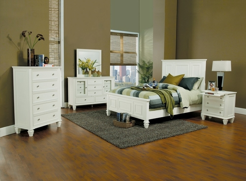 Sandy Beach Eastern King Size Bedroom Furniture Set in White - Coaster - 201301KE-BSET