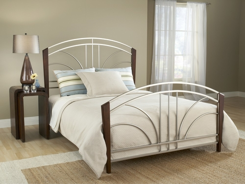 Sorrento King Size Bed in Light Cherry - Hillsdale Furniture - 1591BKR