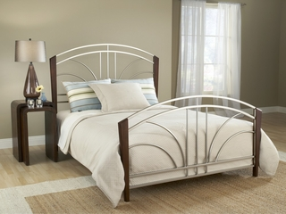 Sorrento Queen Size Bed in Light Cherry - Hillsdale Furniture - 1591BQR