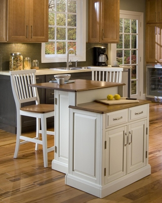 Woodbridge Two Tier Kitchen Island with Two Bar Stools in White / Oak - Home Styles - 5010-948