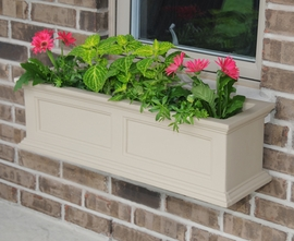 "Fairfield 36"" Window Box w/ Water Reservoir"