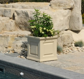 "Nantucket Patio Planter 16""H"