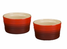 Le Creuset Stoneware 7oz Stackable Ramekins (set of 2) Red