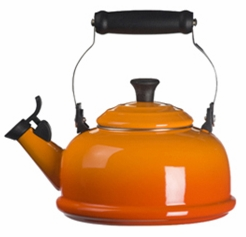Le Creuset Whistling Teakettle Flame