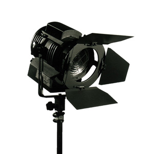 LTM Pepper 650W Fresnel Light   PH-154H