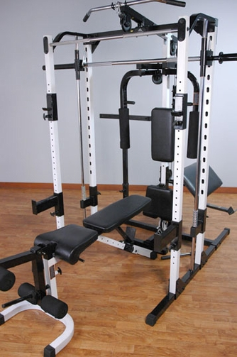 Yukon Fitness Deluxe Smith Machine W/ Attachments