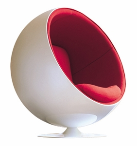 Eero Aarnio  Ball Chair - Click to enlarge