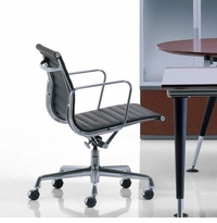 Leather Eames Classic Style Executive Low Back Chair