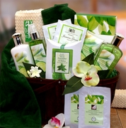 Cucumber & Melon Calming Spa Gift Basket