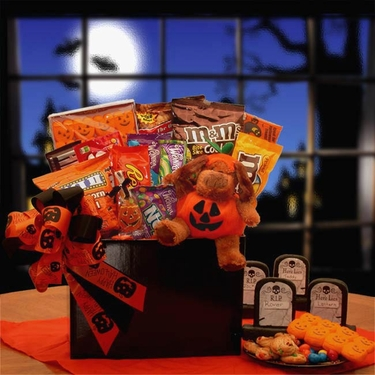 The Puppy Prowl Halloween Gift Box