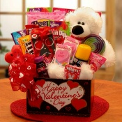 """You're Beary Huggable"" Kids Valentine Gift Box"