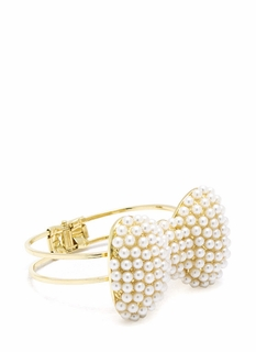 Bow-Tiful Pearls Hinge Bracelet