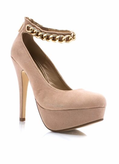 Chain-ge It Up Platform Pumps