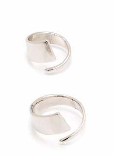 Curvaceous Ring Duo