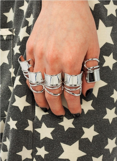 Cut-Out Ring