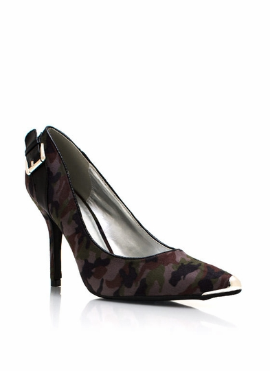 In Combat Camo Pumps