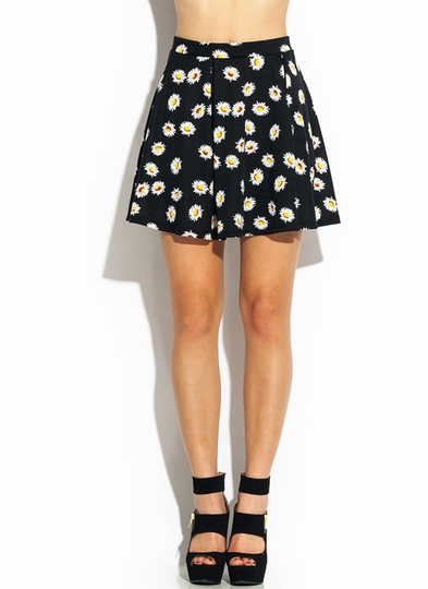 Lazy Daisy Pleated Skater Skirt