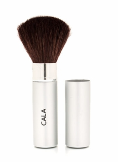 Make It Up Retractable Powder Brush