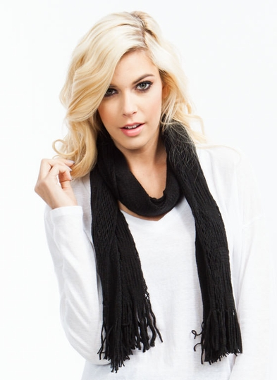 Netted Tube Knit Scarf