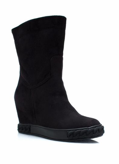 Sole Chain Faux Suede Boots