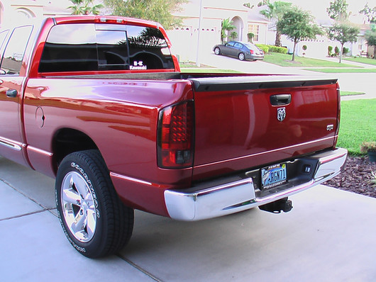 2007 2008 dodge ram 1500 and 2007 2009 dodge ram 2500 3500 red smoked. Black Bedroom Furniture Sets. Home Design Ideas
