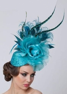 Jade, Arturo Rios Fascinator in Shades of Blue