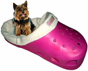 Sasquatch Giant Shoe Dog Pet Bed - Fuchsia