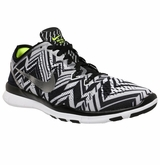 Nike Free TR Fit 5 Print Women's Training Shoes - Black/White