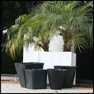 "35""Round Self Water Planter Inserts - Fits in 40"" Pot"