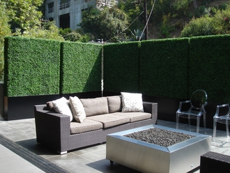 Examples of Balcony Privacy Screens