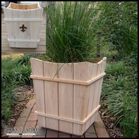 Prado Cedar Planter 22in