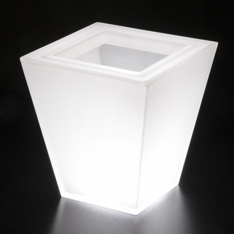 Illuminated Planters & Lighted Flower Pots