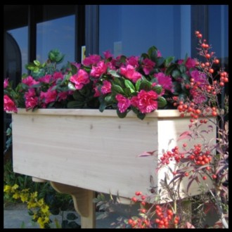 Traditional Cedar Wood Planter Box