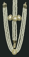 Beautiful 3PC Pearl Necklace, Bracelet, and Earring Set