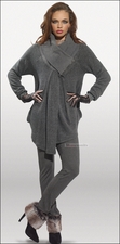 Fall and Holiday Festive Womens Grey Love The Queen Set 17119
